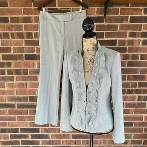 Like new White House Black Market 2 piece suit set